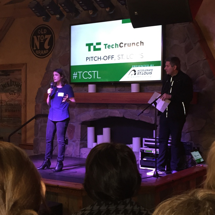Scharf pitching Greetabl to judges in 60 seconds at TechCrunch Pitch-Off